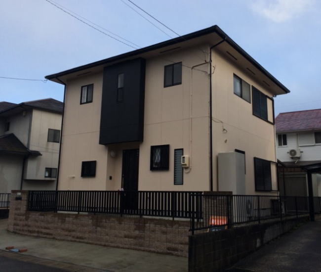 平成町M様邸 外壁屋根塗り替え工事 完成写真
