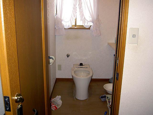 タンクシャワートイレの取付