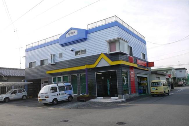 松阪市五反田町 ㈱ダスキンレガート様 外壁塗装 完成写真